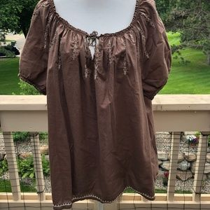 Izod Woman 2X Brown Cotton Embroidered Peasant Top